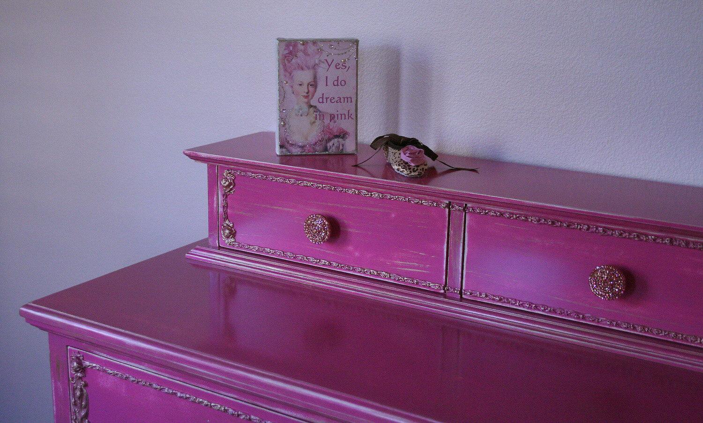Raspberry Brilliant Furniture Or Cabinet Knob